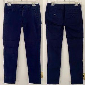 🔴 American Eagle Navy Blue Skinny Fit Pants 0